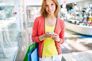 Do you also shop with a smartphone in your hand?