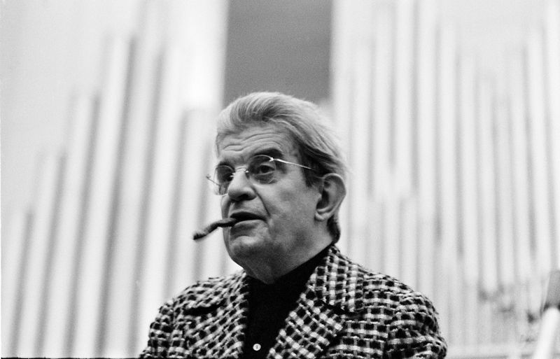 What makes us want to possess? Jacques Lacan explains our consumer decisions. Why isn't a sharing economy really for us?